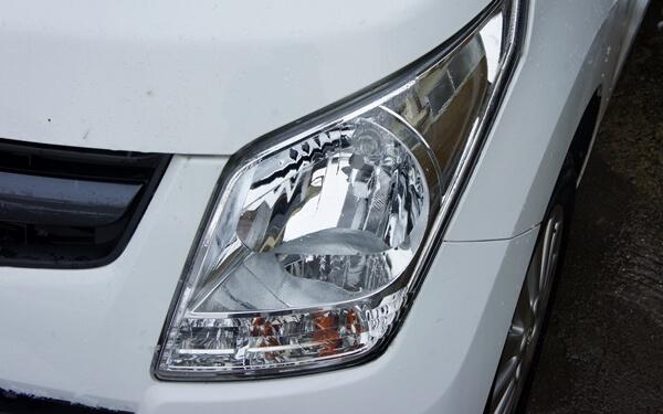 ワゴンRのヘッドライト